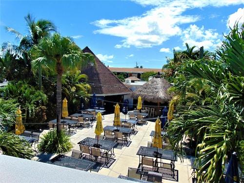 . Dolphin Key Resort