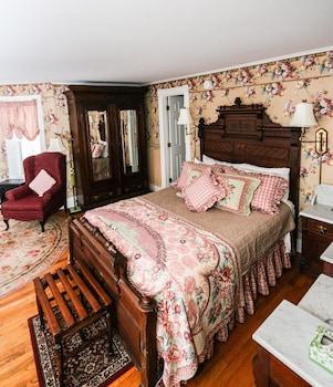 Hotel - The Cornell Inn, Lenox