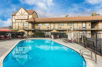 Hotel - Key Inn & Suites