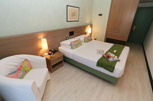 __{offers.Best_flights}__ Hotel Forum