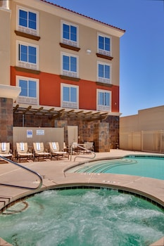 Hotel - Holiday Inn Express & Suites Las Vegas SW - Spring Valley