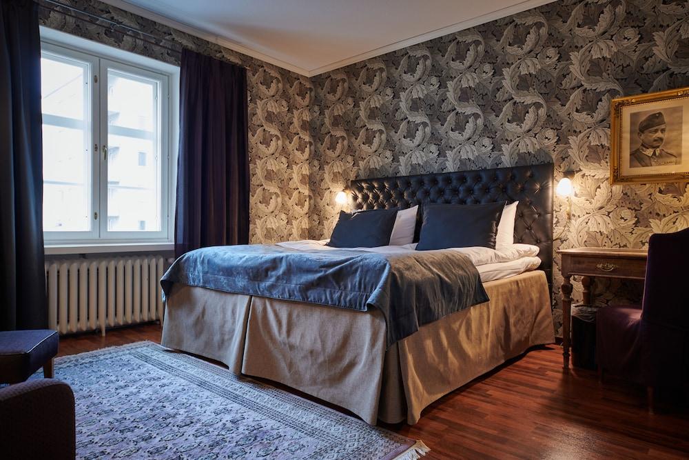 https://i.travelapi.com/hotels/2000000/1640000/1636400/1636362/a8091a00_z.jpg