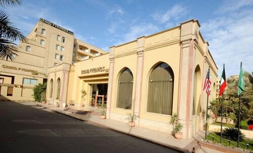 Grand Pyramids Hotel, Al-Ahram