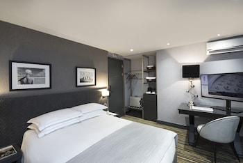 Superior Single Room, High Floor View