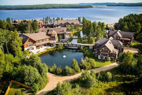 . Auberge du Lac Taureau