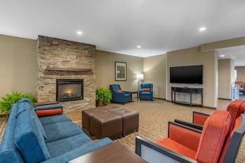 Comfort Suites Cedar Falls