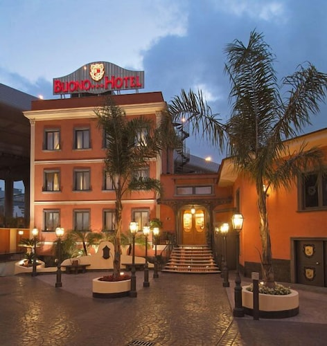 Buono Hotel, Napoli