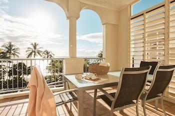 Hotel - Sea Change Beachfront Apartments