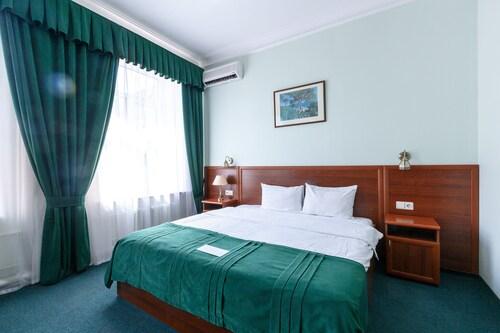Bristol-Zhiguly Hotel, Samara