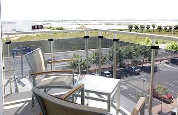 Superior Tek Büyük Yataklı Oda, Balkon (spa Access)