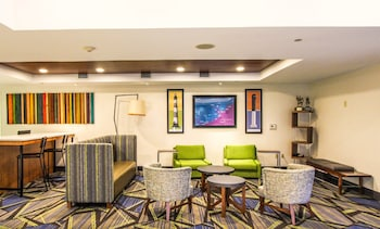 Lobby at Holiday Inn Express Hotel & Suites Charleston-North in North Charleston