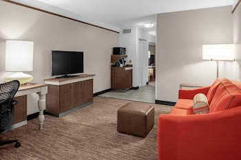 Junior Suite, 2 Queen Beds with Sofabed