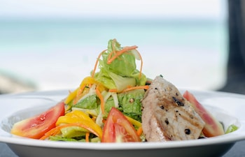 Microtel Boracay Food and Drink