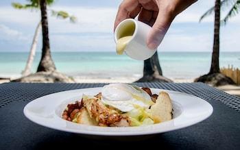 Microtel Boracay Restaurant