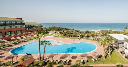 __{offers.Best_flights}__ Hotel ILUNION Calas De Conil