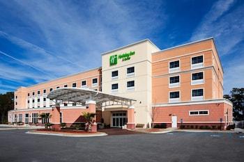 博福特 21 號公路假日飯店及套房 Holiday Inn Hotel & Suites Beaufort at Highway 21, an IHG Hotel