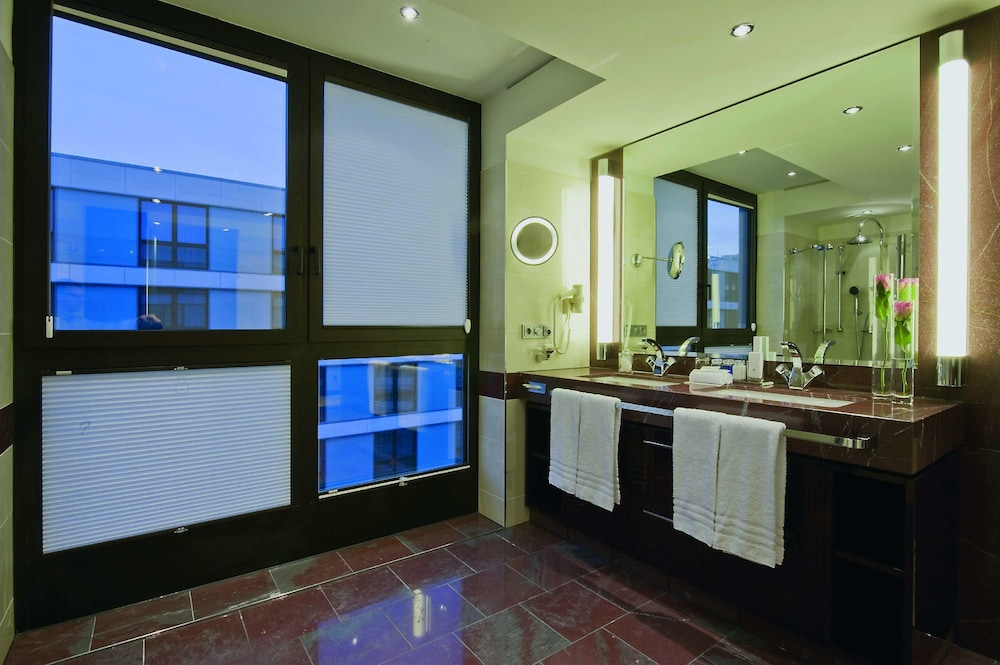 マリティム ホテル デュッセルドルフ