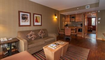 Superior 1 Bedroom Suite - 2 Double