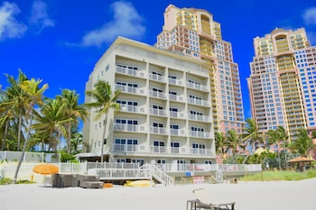 Sun Tower Hotel & Suites on the Beach