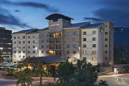 __{offers.Best_flights}__ Courtyard Marriott San Salvador