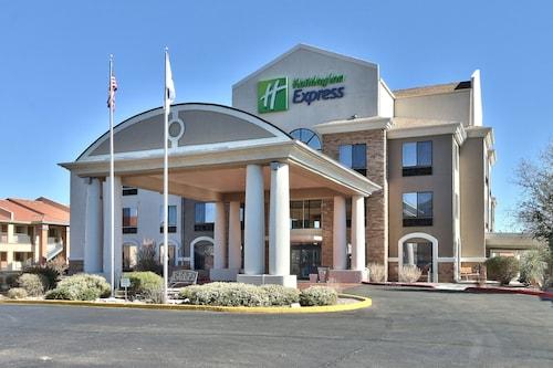 . Holiday Inn Express Socorro, an IHG Hotel