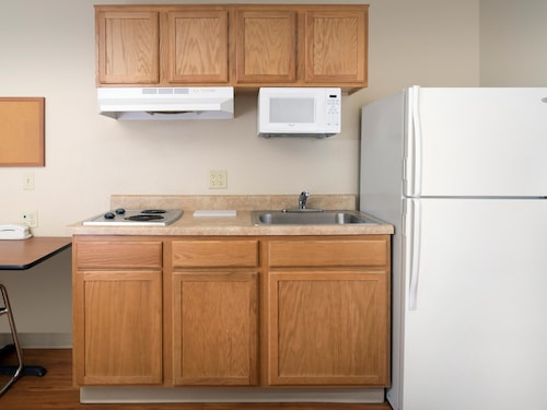 WoodSpring Suites Oklahoma City Norman, Cleveland