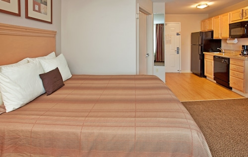 . Candlewood Suites Junction City Fort Riley, an IHG Hotel