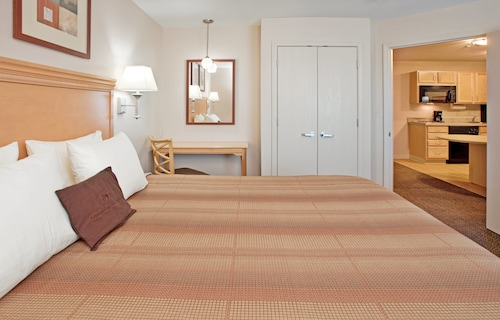 . Candlewood Suites Junction City Fort Riley