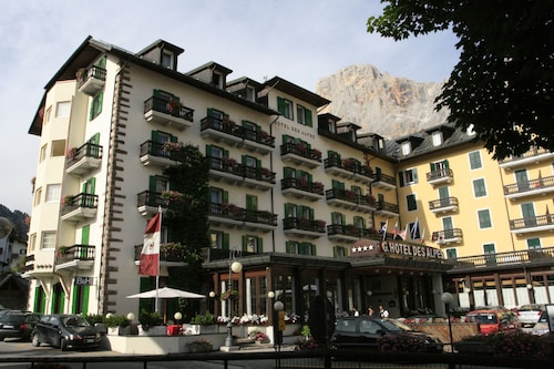. Grand Hotel des Alpes