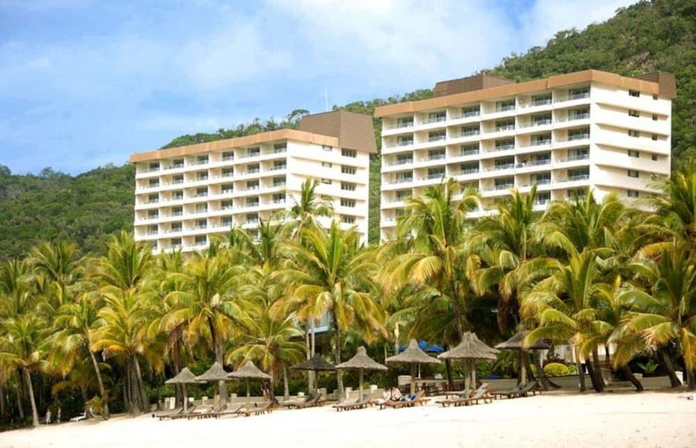 https://i.travelapi.com/hotels/2000000/1660000/1655600/1655585/18de5552_z.jpg