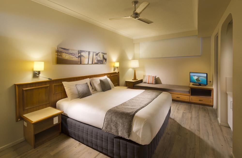 https://i.travelapi.com/hotels/2000000/1660000/1655600/1655585/f7736ac2_z.jpg