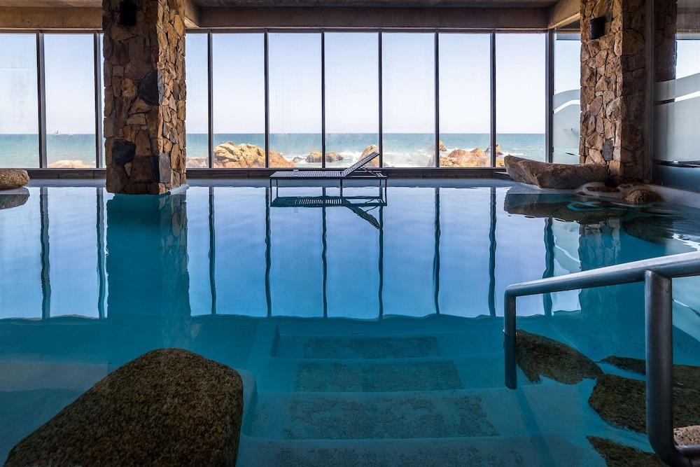 https://i.travelapi.com/hotels/2000000/1660000/1658100/1658063/17433fd1_z.jpg