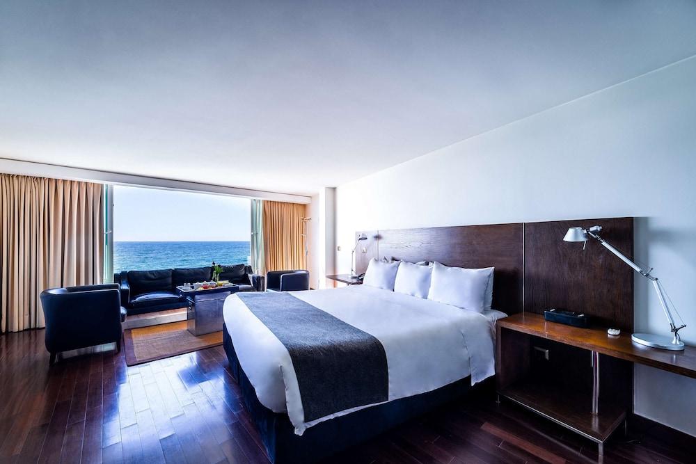 https://i.travelapi.com/hotels/2000000/1660000/1658100/1658063/fe4f4551_z.jpg