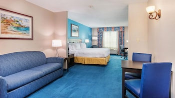 Deluxe Suite, 1 King Bed, Accessible, Non Smoking (Roll-In Shower)