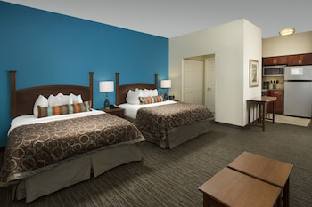 Guestroom at Staybridge Suites Baltimore BWI Airport in Linthicum Heights