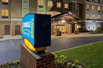 Exterior at Staybridge Suites Baltimore BWI Airport in Linthicum Heights