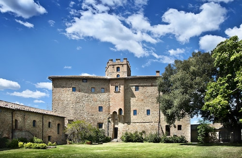 __{offers.Best_flights}__ Castel Porrona Relais & Spa