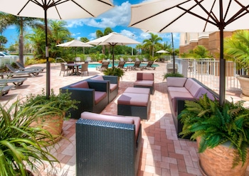 邁爾斯堡殖民地大道歡朋套房飯店 Hampton Inn & Suites Fort Myers - Colonial Blvd