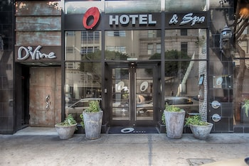 Hotel Entrance at O Hotel in Los Angeles