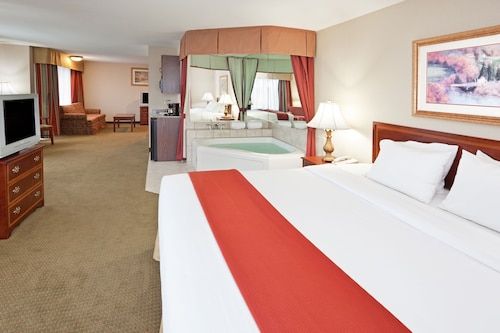 Holiday Inn Express Hotel & Suites Franklin-Oil City, Venango