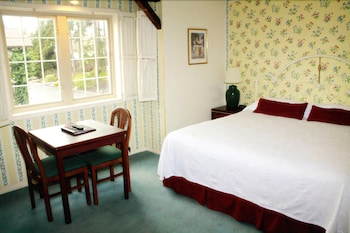 Suite, 1 King Bed, Fireplace