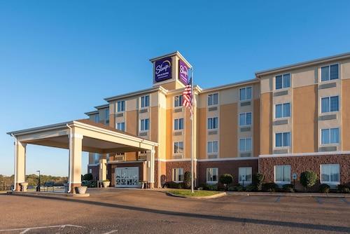 . Sleep Inn & Suites University