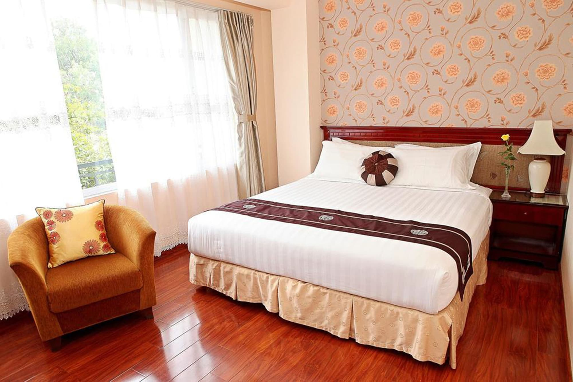 Flower Hotel, Ba Đình