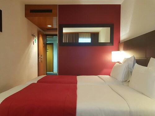 Nash Airport Hotel, Genève