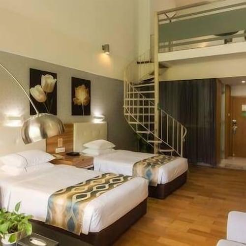 Pearl Bay Seaview Hotel, Beihai