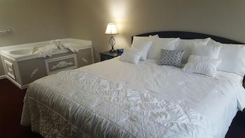 Honeymoon Suite, 1 King Bed, Balcony