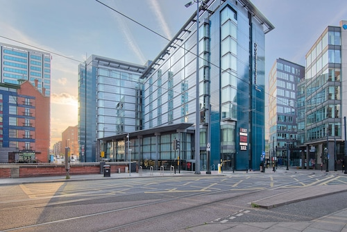 . DoubleTree by Hilton Hotel Manchester - Piccadilly