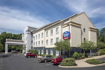 Hotel - Fairfield Inn & Suites by Marriott State College
