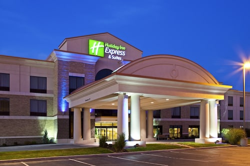 . Holiday Inn Express & Suites Seymour, an IHG Hotel