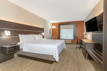 Suite, 1 King Bed, Non Smoking (SPA)